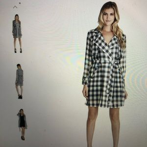 BCBGeneration Long Trench plaid